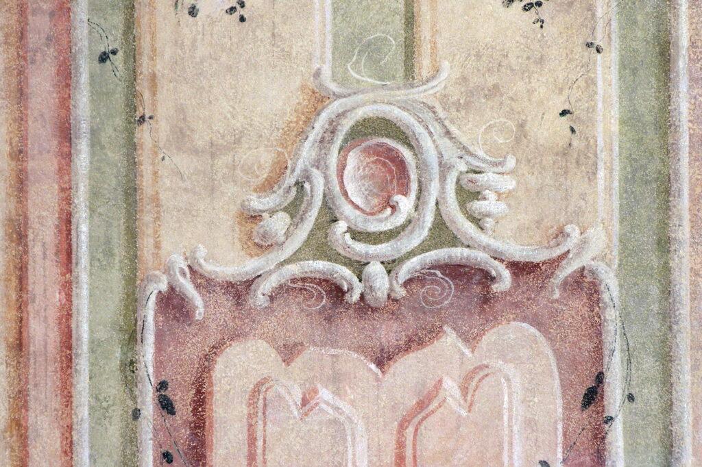 Praha, Schwarzenberský palác, detail nástěnné malby – stav po restaurování