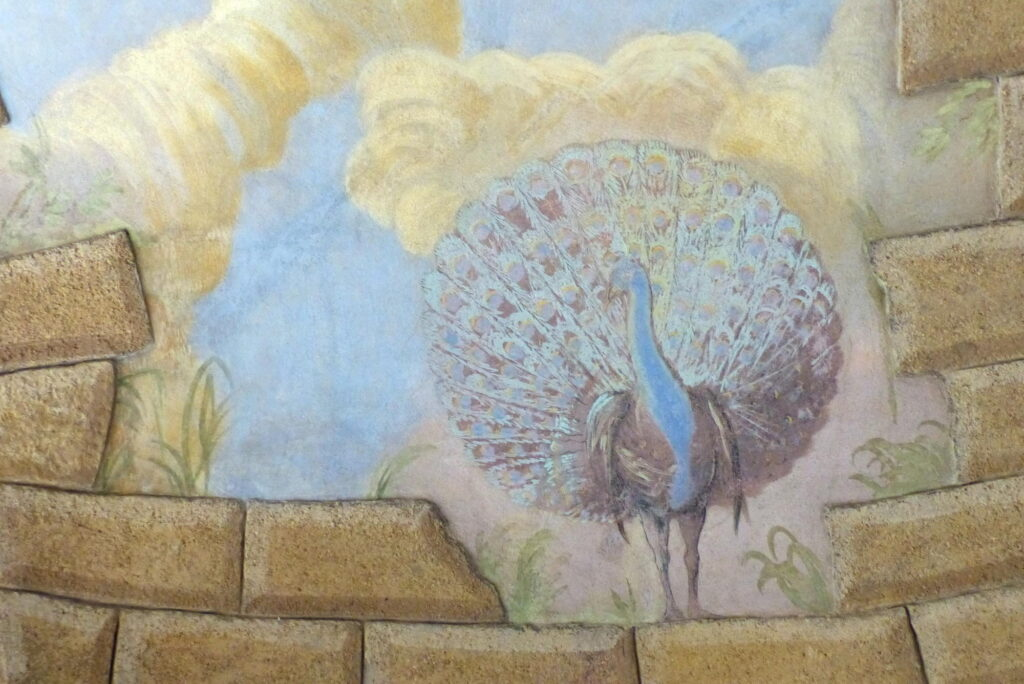 Vetrusy, zámek, sala terrena – detail nástěnné malby na klenbě po restaurování